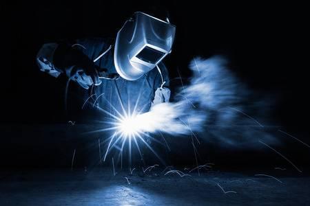 钣金加工中的激光焊接到底是什么?-钣金加工珠海机箱机柜设备外壳激光切割中山铭偌金属制品有限公司